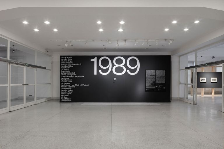 1989 National Gallery in Prague Exhibition Catalog exhibition